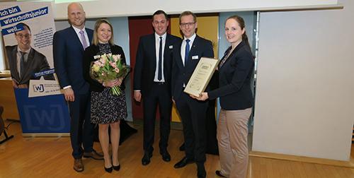 Christian Horlitz erhält goldene Juniorennadel