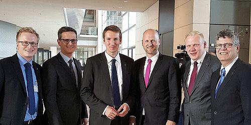 Bundespolitik hautnah! Wirtschaftsjunioren zu Gast im Deutschen Bundestag