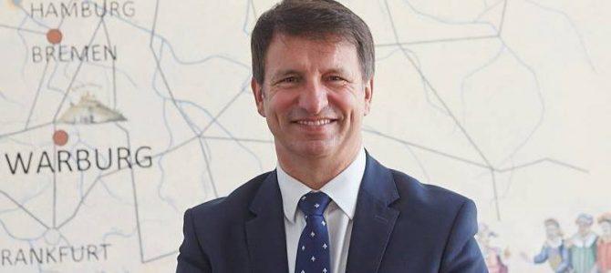 """Ressort """"Zukunft & Politik"""" – Bürgermeistergespräch mit Michael Stickeln, Stadt Warburg"""